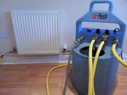 Powerflushing Machine